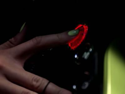 La pub très ''hot'' d'Aston Martin pour la nouvelle Vantage