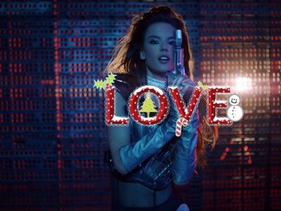 Vidéo Bonus du magazine Love: Alessandra Ambrosio