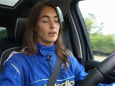 Margot Laffite teste le Ford S-Max 260 LMC