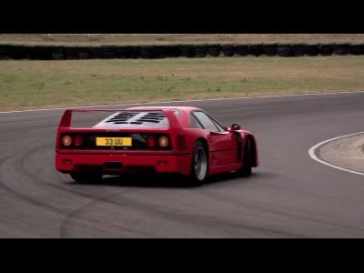 Ferrari F40 vs F50, le comparatif de l'extrême