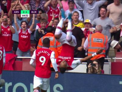Arsenal - Burnley : le but d'Aubameyang