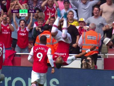 Arsenal - Burnley : le but d'Aubameyang