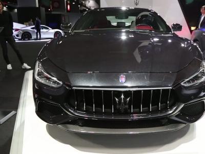 Mondial de l'Auto 2018 : la Maserati Ghibly Gransport SQ4 en vidéo