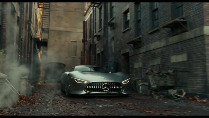 batman roulera à bord de la mercedes-amg vision gt dans le film