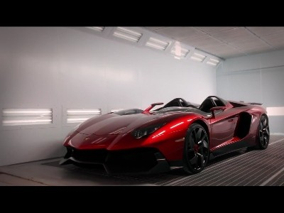 L'Aventador J, exclusive parmi les super-cars