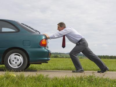 Que dit la loi par Me Marchac : panne d'essence sur l'autoroute, quelle sanction ?