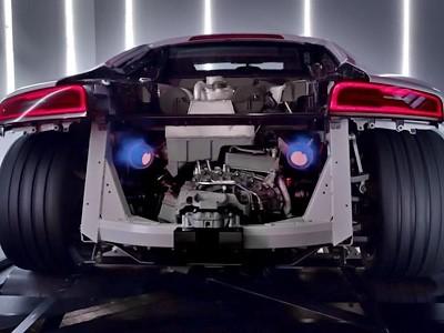 Le son démoniaque du V10 de l'Audi R8