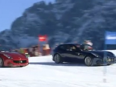 Un slalom géant en Ferrari FF