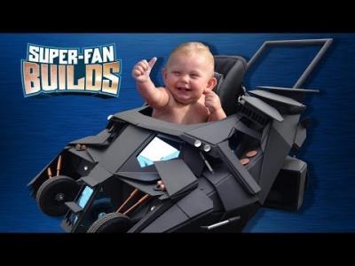Insolite : la poussette de Batman