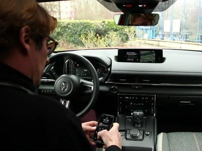 L'oeil de l'expert : connectés avec le Mazda MX-30