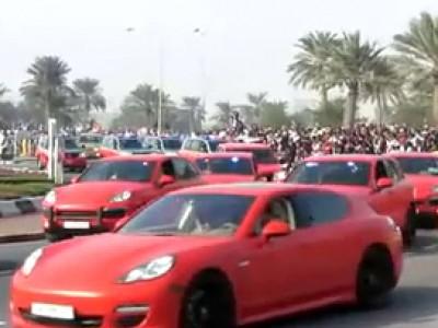 Des Porsche Panamera et Cayenne pour la police du Qatar