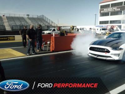 Ford Mustang Cobra Jet 1400 : le 0 à 273 km/h en moins de 8 secondes