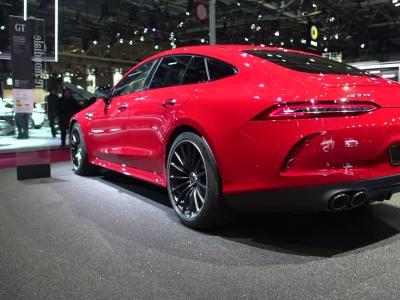 Mondial de l'Auto 2018 : la Mercedes AMG GT 43 en vidéo