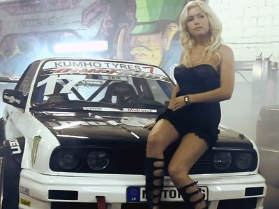 Le making of du calendrier sexy Motoring