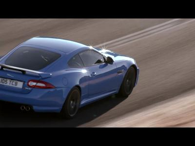 La Jaguar XKR-S fait sa promo
