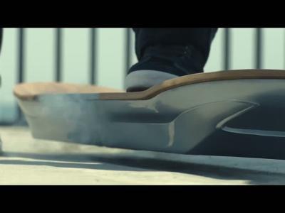 Lexus dévoile un hoverboard 100% fonctionnel