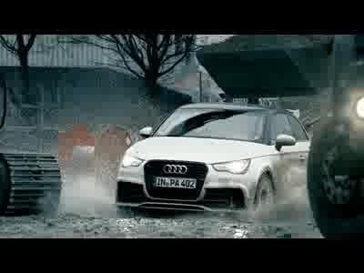 Drift dans la boue par Audi