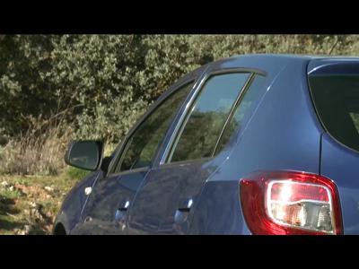 Essai Dacia Sandero 2 TCe 90 Eco2 Lauréate & Dacia Sandero Stepway 2 1.5 dCi 90 Prestige