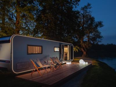 Camping-car Adria Astella : la mobile-home du futur en vidéo