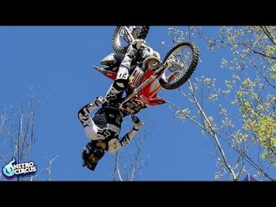 Record : Triple Backflip par Josh Sheehan