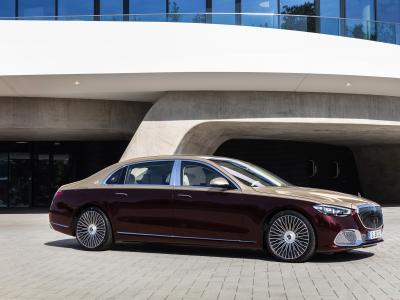 Mercedes-Maybach Classe S (2021) : la limousine grand luxe en vidéo