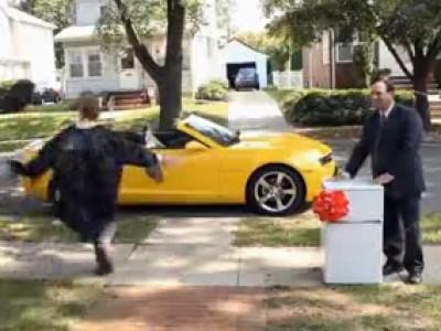 Super Bowl 2012 : un malentendu en Chevrolet Camaro cabriolet