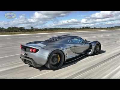 Le record de vitesse de la Hennessey Venom GT en vidéo