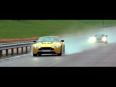 Quand l'Aston Martin V12 Vantage S montre ce qu'elle a dans le ventre