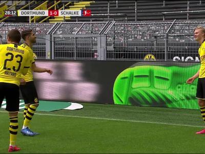 Bundesliga : le premier but d'Haaland face à Schalke !