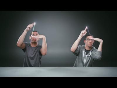 La danse des doigts pour Samsung