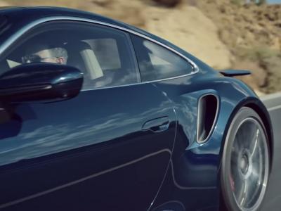 Porsche 911 Turbo : la super GT de 850 chevaux en vidéo
