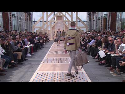 Défilé Louis Vuitton printemps/été 2014