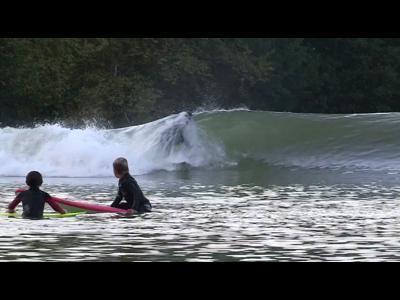 Le wavegarden : lagune artificielle de surf