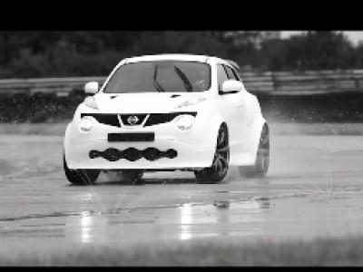 La Nissan Juke-R numéro 001 à l'essai