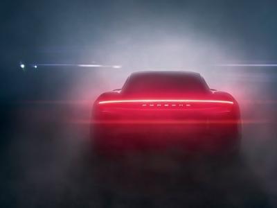 Porsche Taycan : la présentation en live vidéo