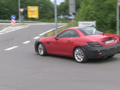 La Mercedes SLC dans le trafic