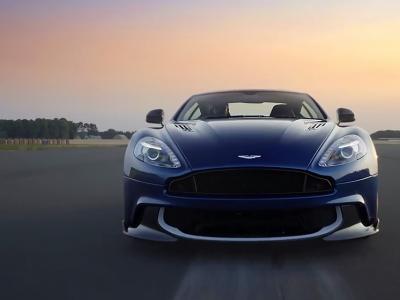 Décollage immédiat pour l'Aston Martin Vanquish S