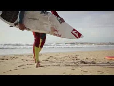 Bodyboard vs Surf by Red Bull