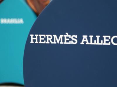 Le Saut Hermès : selles sur-mesure