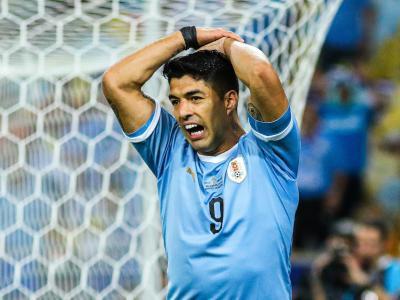 Copa America : Quand Luis Suarez réclame une main... du gardien !