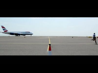 Duel entre un homme et un avion