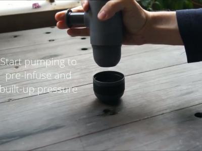 Minipresso : machine espresso portative