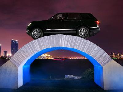 Ce pont en papier résiste aux 2 tonnes du Range Rover!