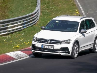 Les Volkswagen Tiguan et Arteon R surpris sur le Nürburgring