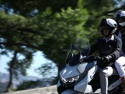 License to ride S02E02 : Marseille