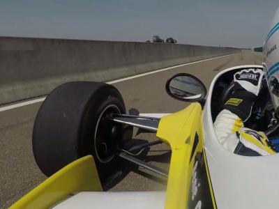 Renault RS10 : tour embarqué avec René Arnoux