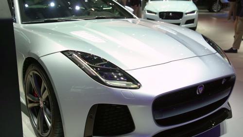 Mondial de l'Auto 2018 : la Jaguar F-Type SVR en vidéo