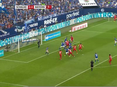 Bundesliga : Lewandowski plie Schalke en trois temps !