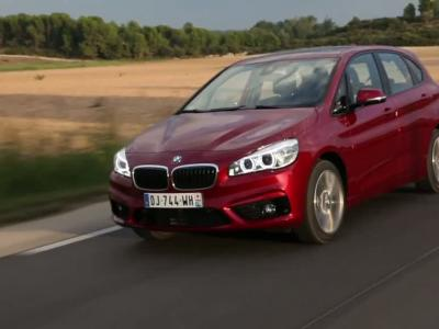 bmw series 2 active tourer 2 0 220i sport line. Black Bedroom Furniture Sets. Home Design Ideas