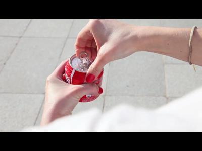 Partagez votre canette de Coca-Cola